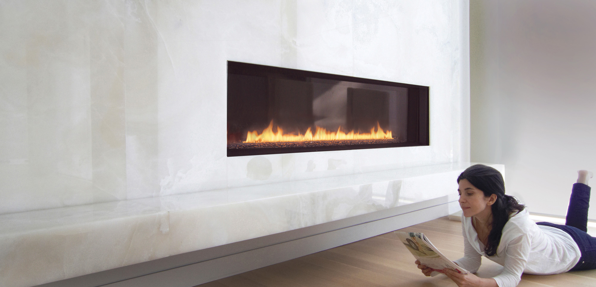 Spark modern fires contemporary gas fireplaces for for Contemporary ventless gas fireplaces