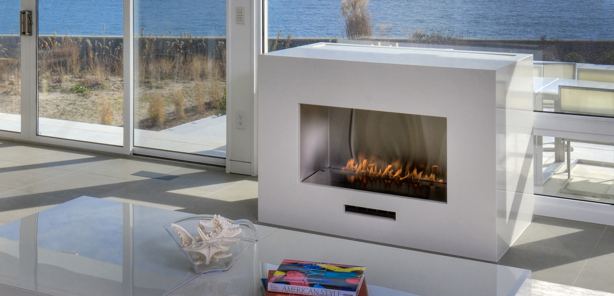 Spark Modern Fires offers the best selection of modern gas fireplaces. Be inspired by our variety of fireplaces here and find the right one for you.